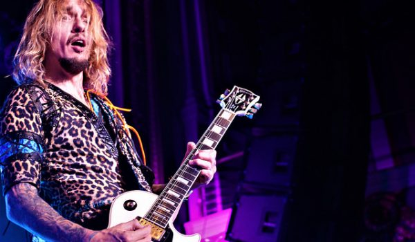 Show Review: The Darkness with Diarrhea Planet at The Regency Ballroom, 3/31/2018 (via spinningplatters.com)